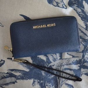 Michael Kors Navy Leather Jet Set Wallet Wristlet
